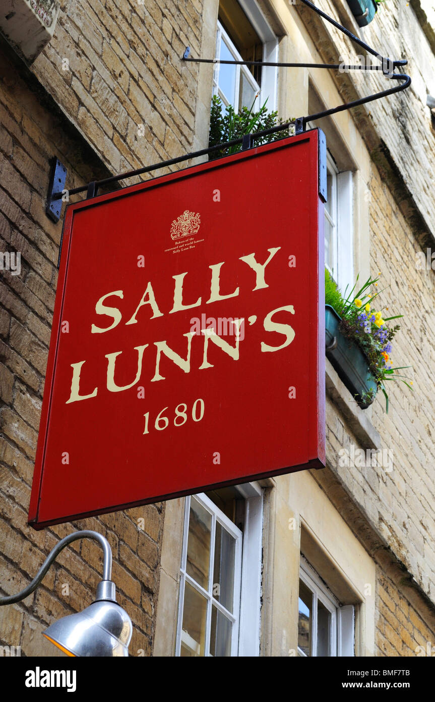 the sign above ' Sally Lunns ' tea rooms in Bath, UK - Stock Image