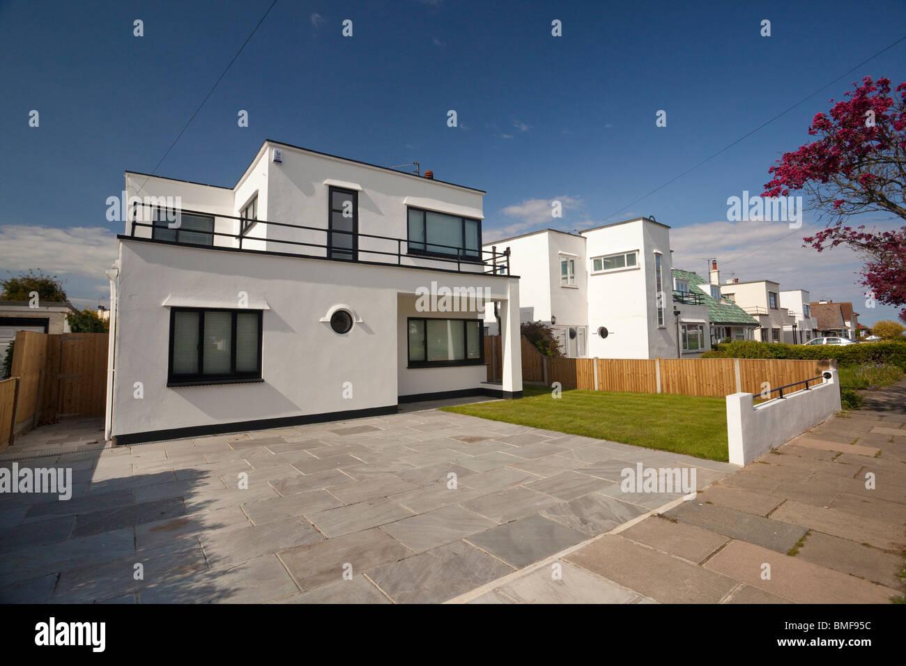 art deco house frinton on sea stock photos art deco house frinton