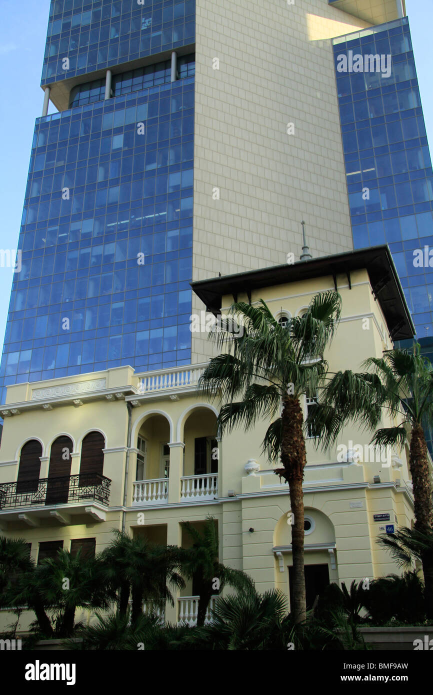 Israel, Tel Aviv-Yafo, former Russian Embassy, now Sothby's auction house on Rothschild boulevard - Stock Image