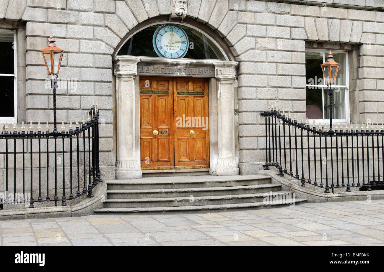 The Royal College of Surgeons in Ireland building on St Stephens Green Dublin Ireland founded in 1784 - Stock Image