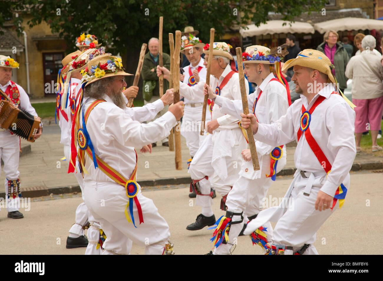 Gloucestershire Morris Men dancing in Broadway, Cotswolds - Stock Image