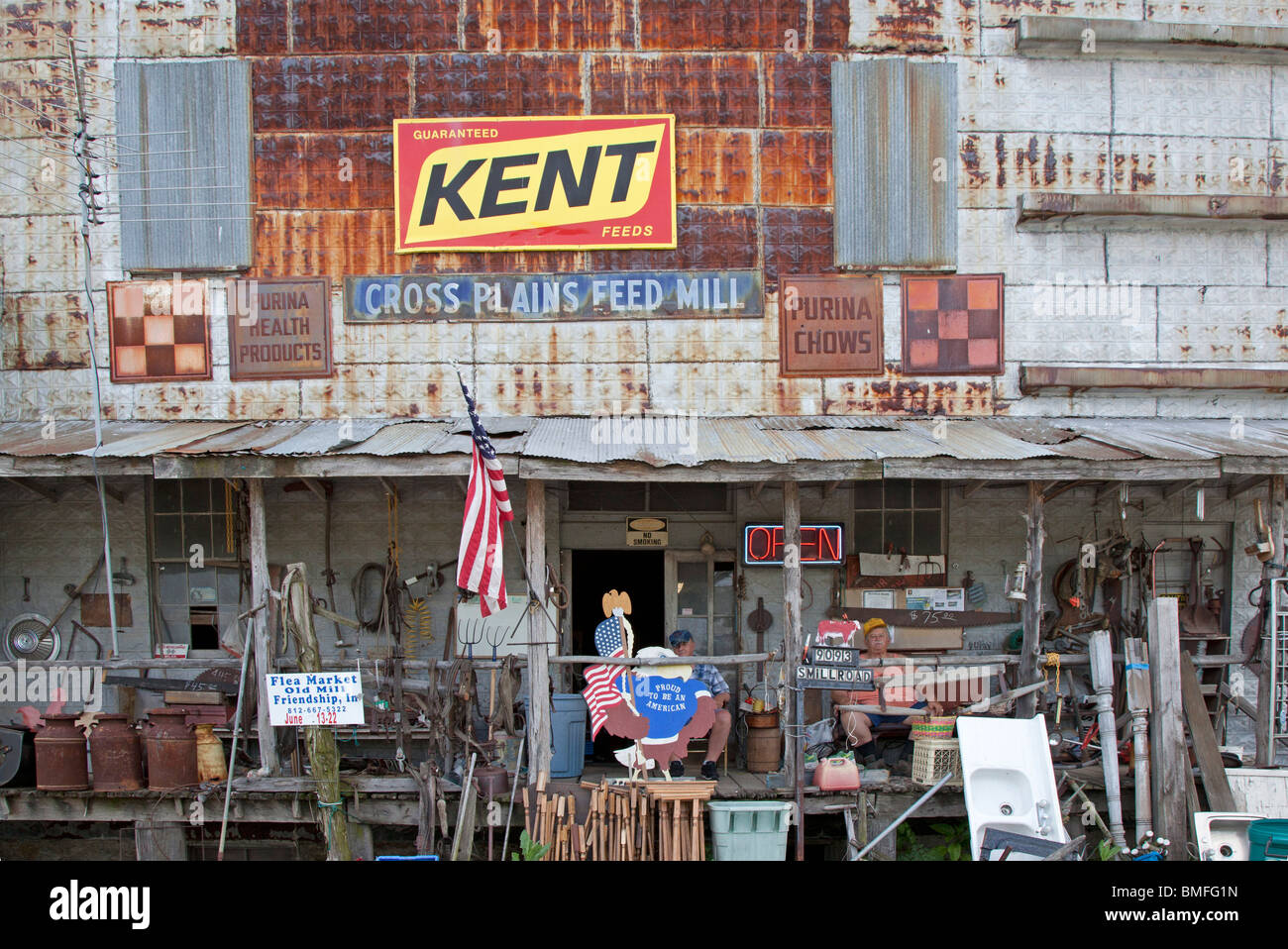 Cross Plains, Indiana - The old Cross Plains Feed Mill, now converted to a junk shop. - Stock Image