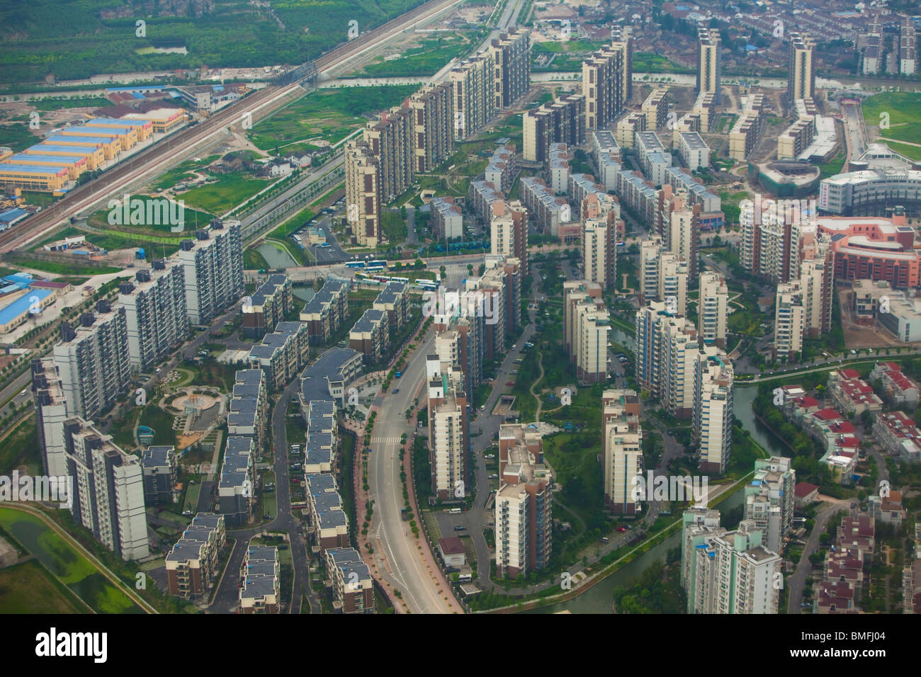 Aerial view of large residential complexes, Shanghai, China - Stock Image