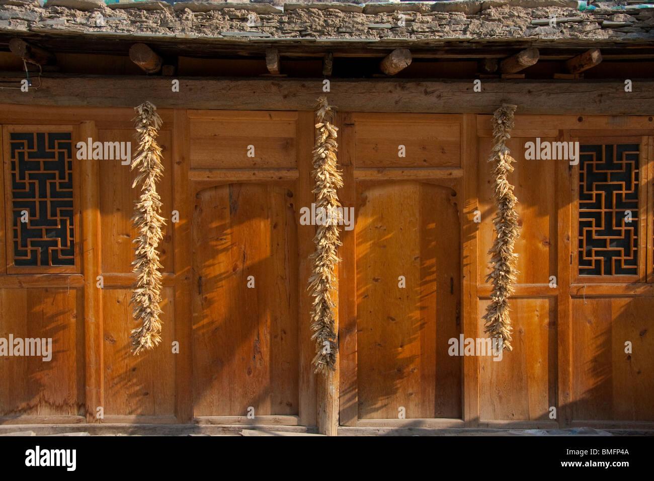 Qiang traditional wooden house, Yingxiu, Wenchuan, Sichuan Province, China - Stock Image