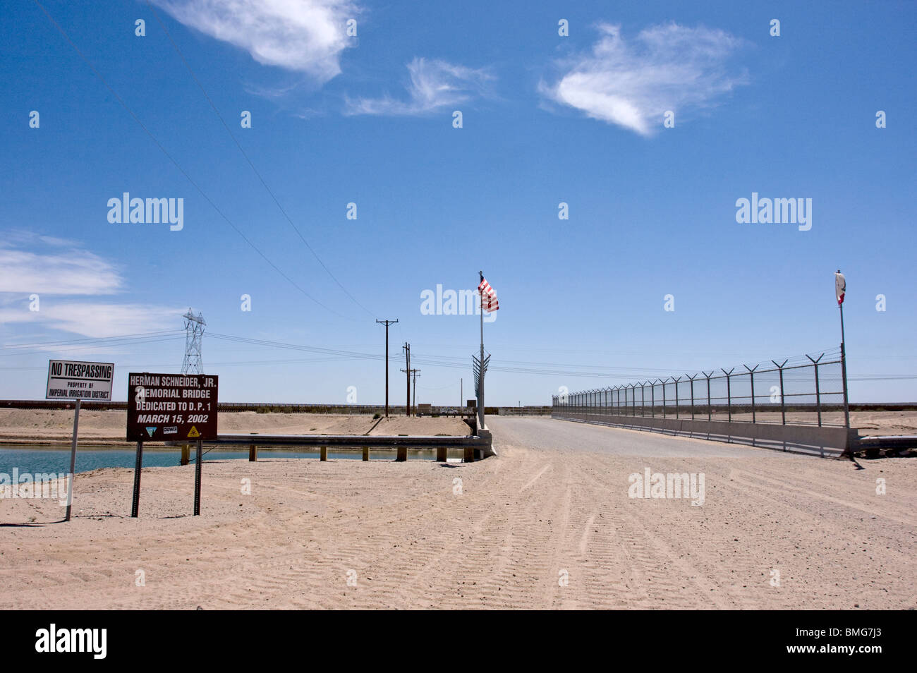 The All American Canal carries diverted Colorado River water from above Yuma, Arizona, to California's Imperial - Stock Image