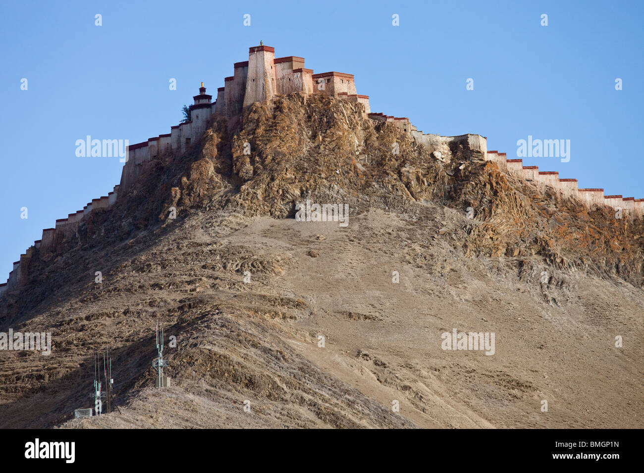 Gyantse Dzong or Fortress in Gyantse, Tibet - Stock Image