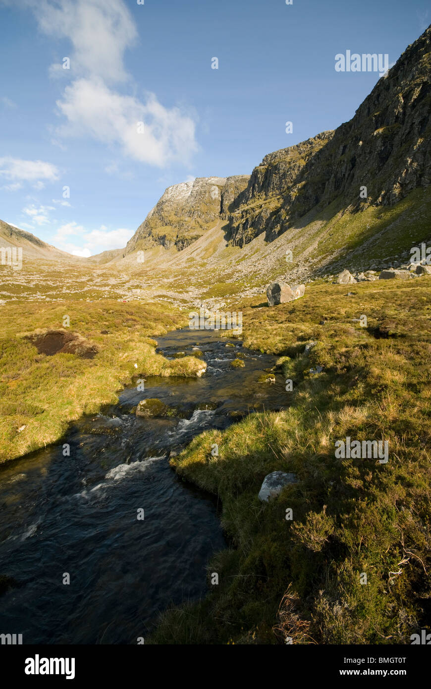 The river Lael below the cliffs of Beinn Dearg, Inverlael Forest, east of Ullapool, Highland Region, Scotland, UK Stock Photo