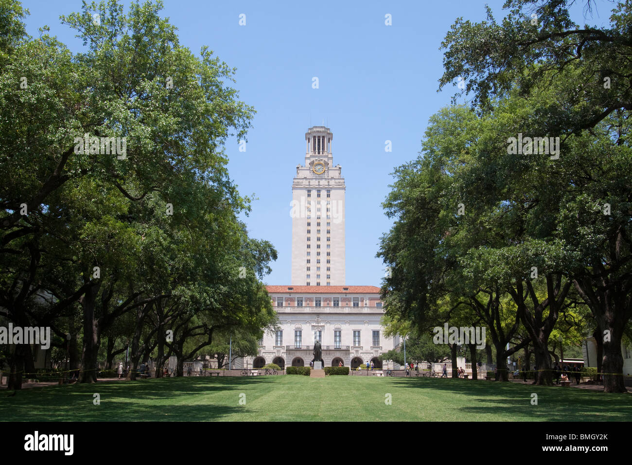 University of Texas Tower from front lawn in Austin Texas - Stock Image