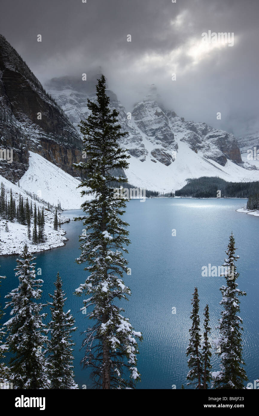 a fresh snowfall at Morraine Lake in the Valley of the Ten Peaks, Banff National Park, Alberta, Canada - Stock Image