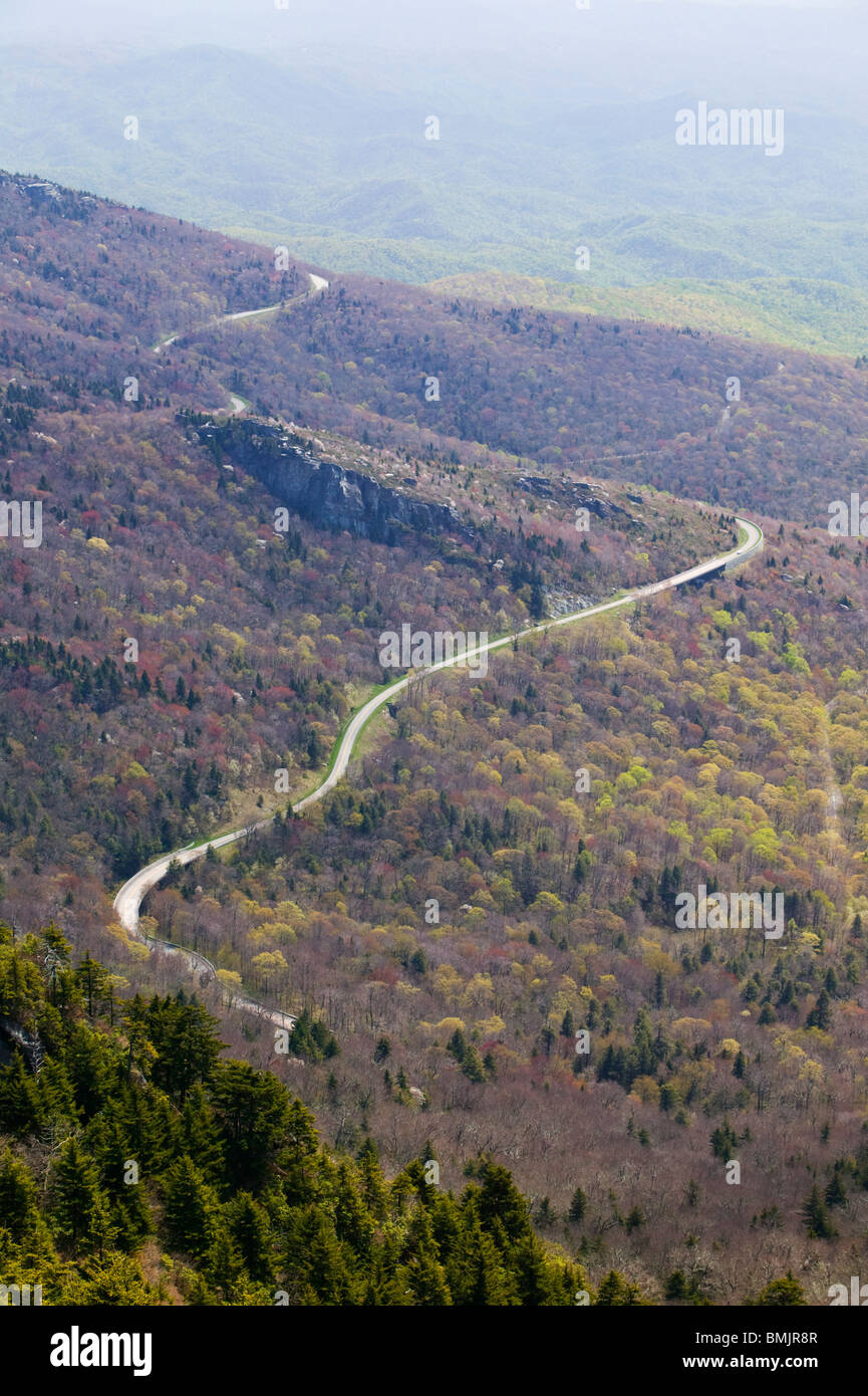 Road in a mountain scenery - Stock Image
