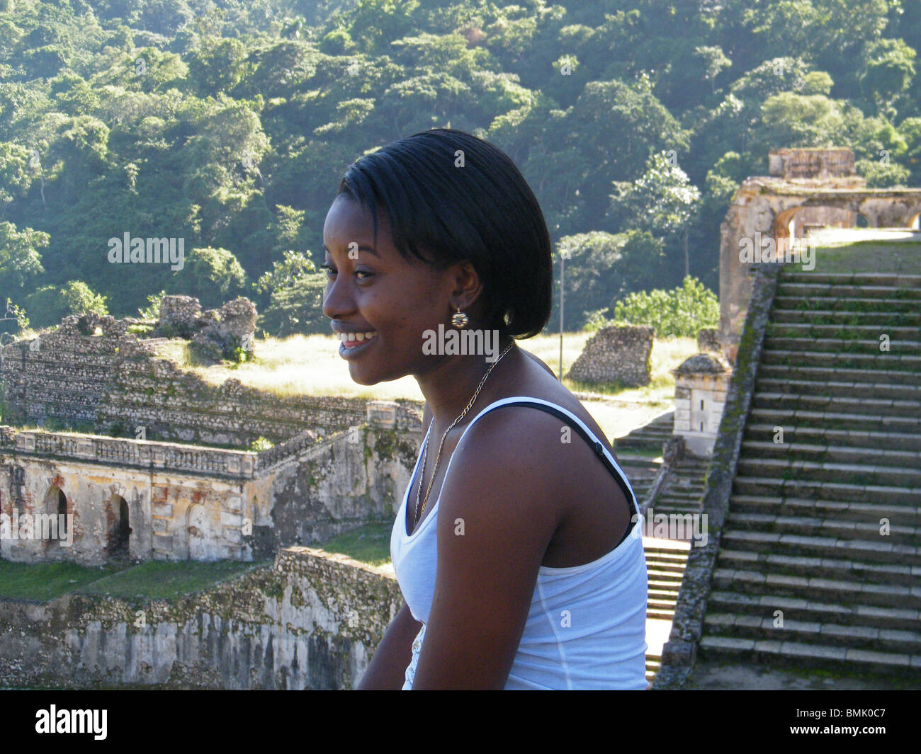 Portrait of a Haitian girl in the ruins of the Sans Souci Palace, near Cap Haitien, Haiti - Stock Image