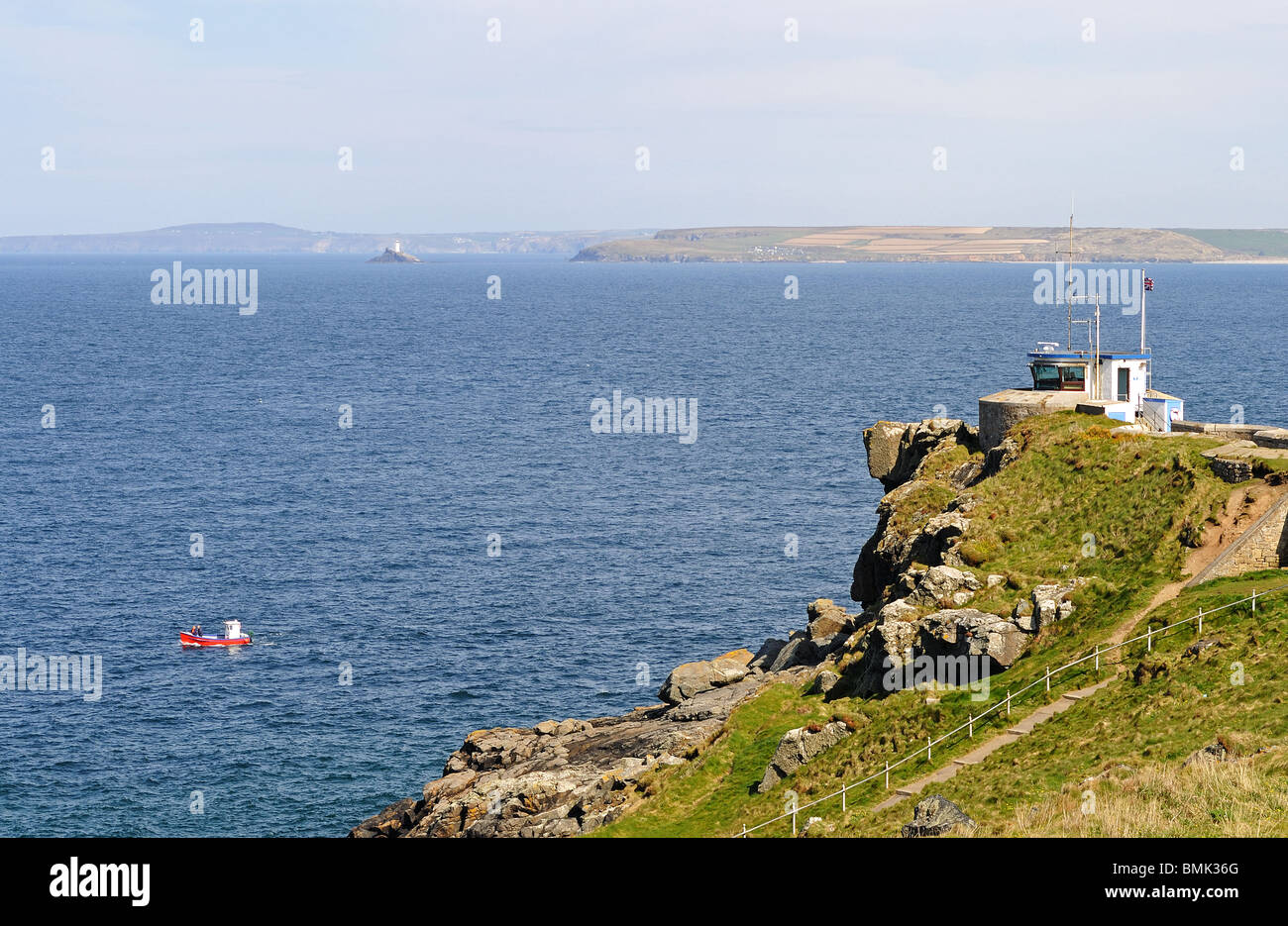 the national lifeguards look out post on the cliffs above st.ives in cornwall, uk - Stock Image