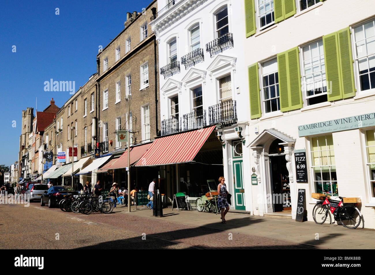 Shops along Kings Parade, Cambridge, England, UK - Stock Image