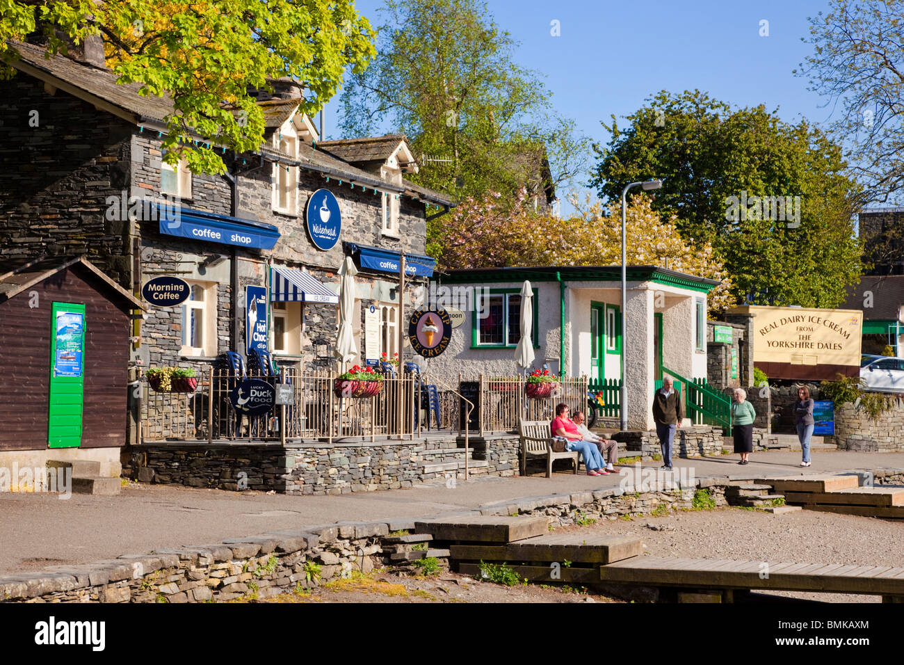 Waterhead Coffee Shop on Lake Windermere at Ambleside The Lake District Cumbria England UK - Stock Image