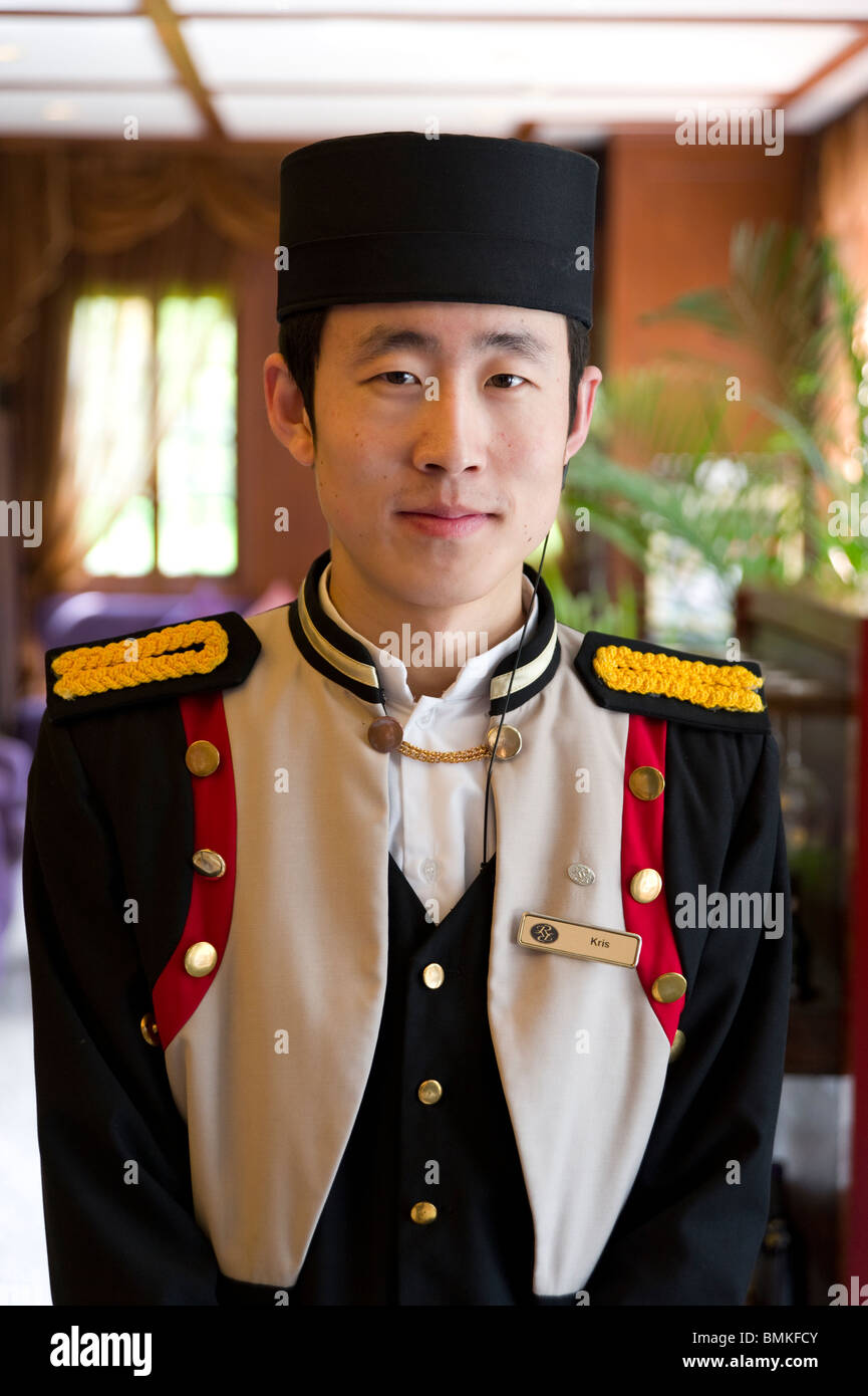 Doorman at the Ruijin Hotel, French Concession, Shanghai, China - Stock Image