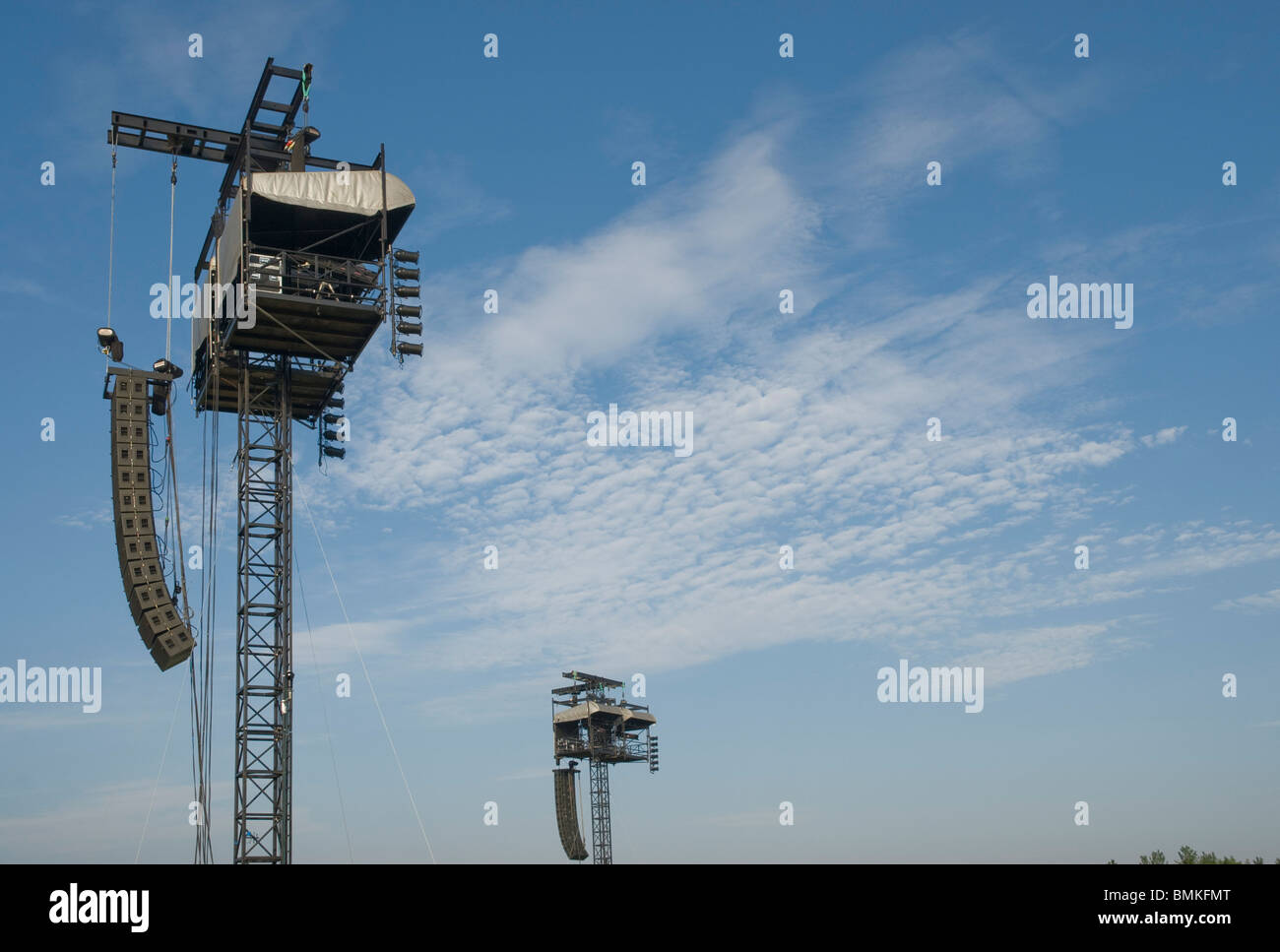 Lighting and sound delay towers, at outdoor concert, Ward Park, Bangor - Stock Image