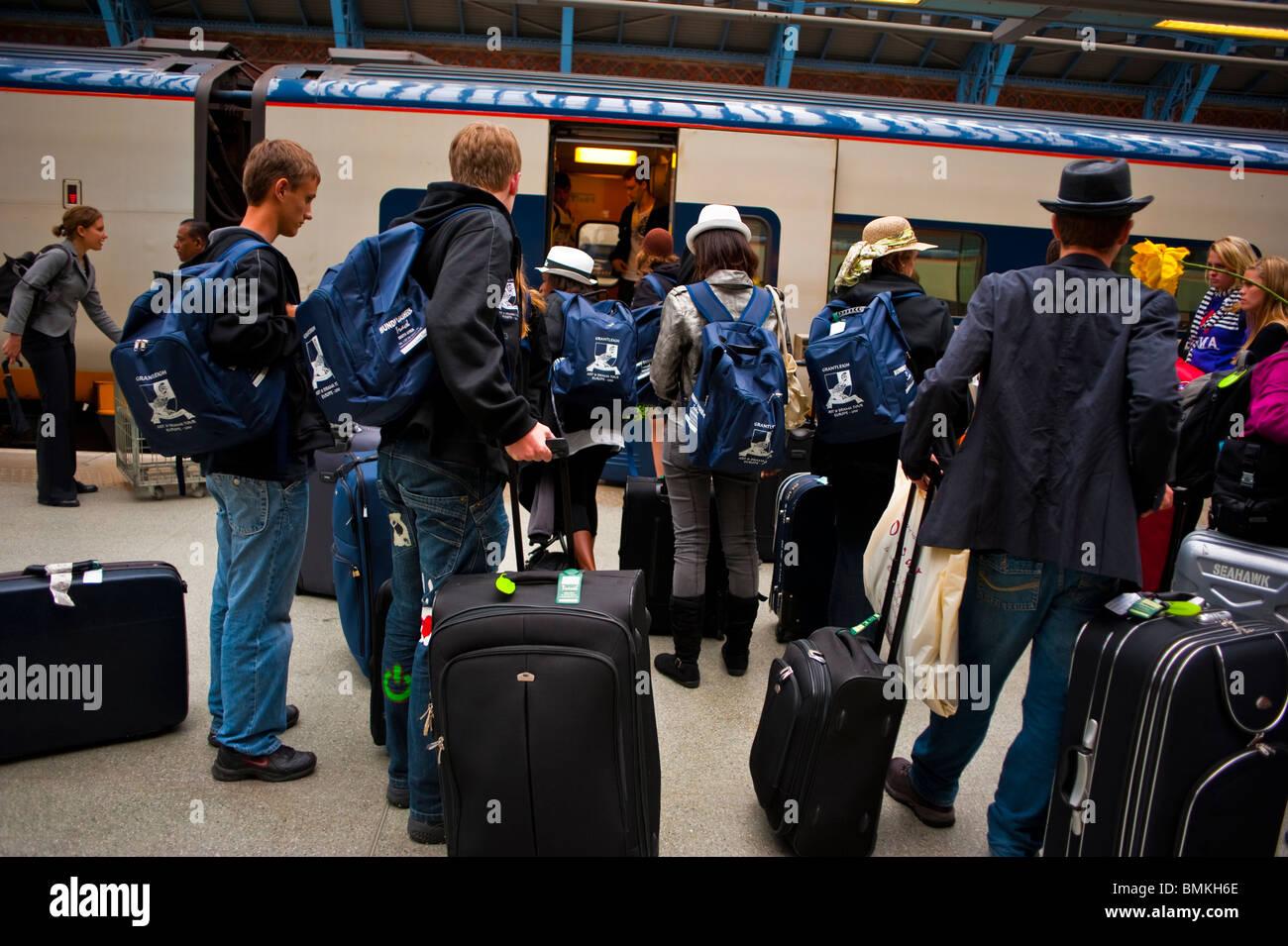 Traveling Luggage Uk Stock Photos Amp Traveling Luggage Uk