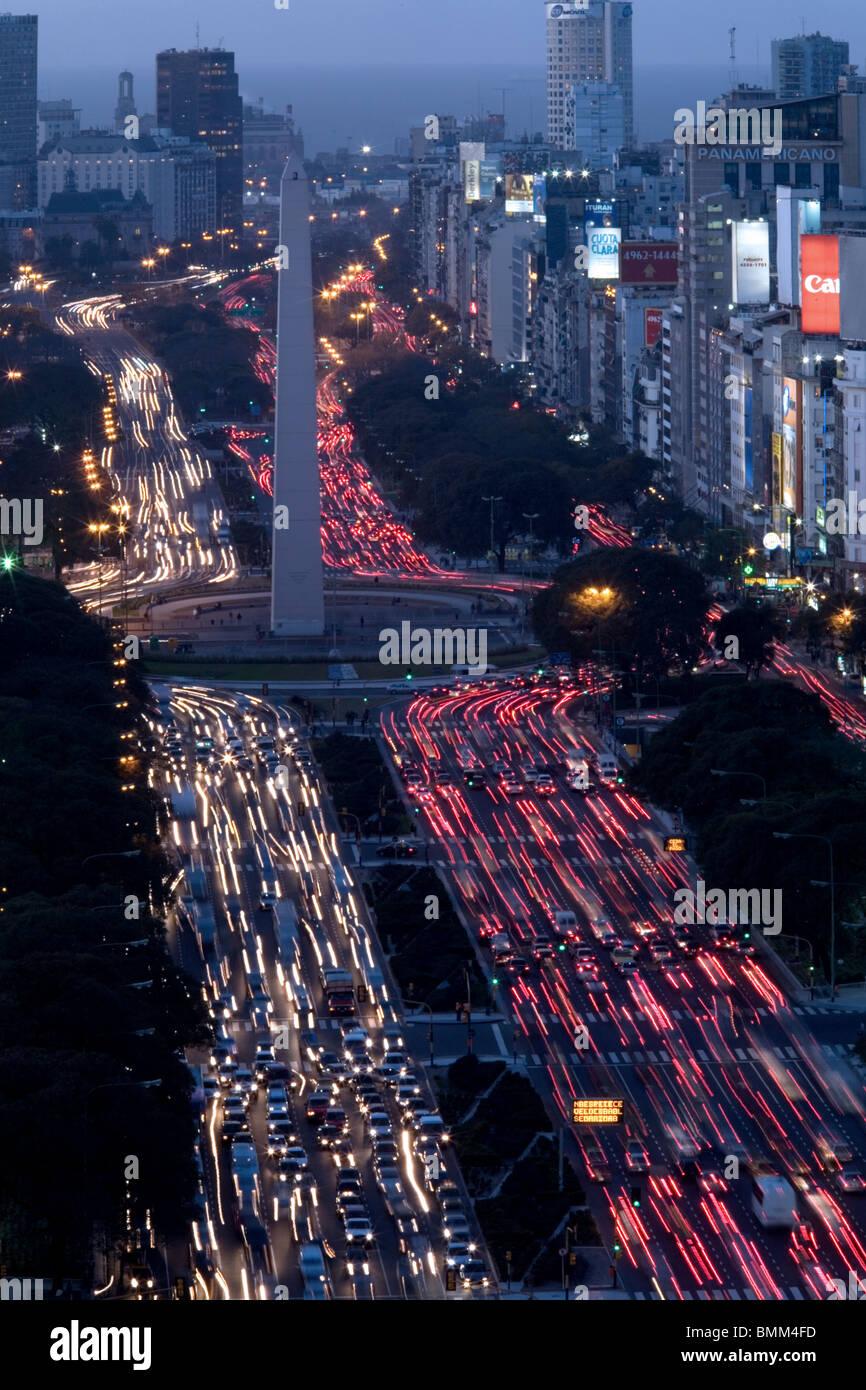Avenida 9 de Julio and the Obelisk (El Obelisco) Buenos Aires, Argentina - Stock Image