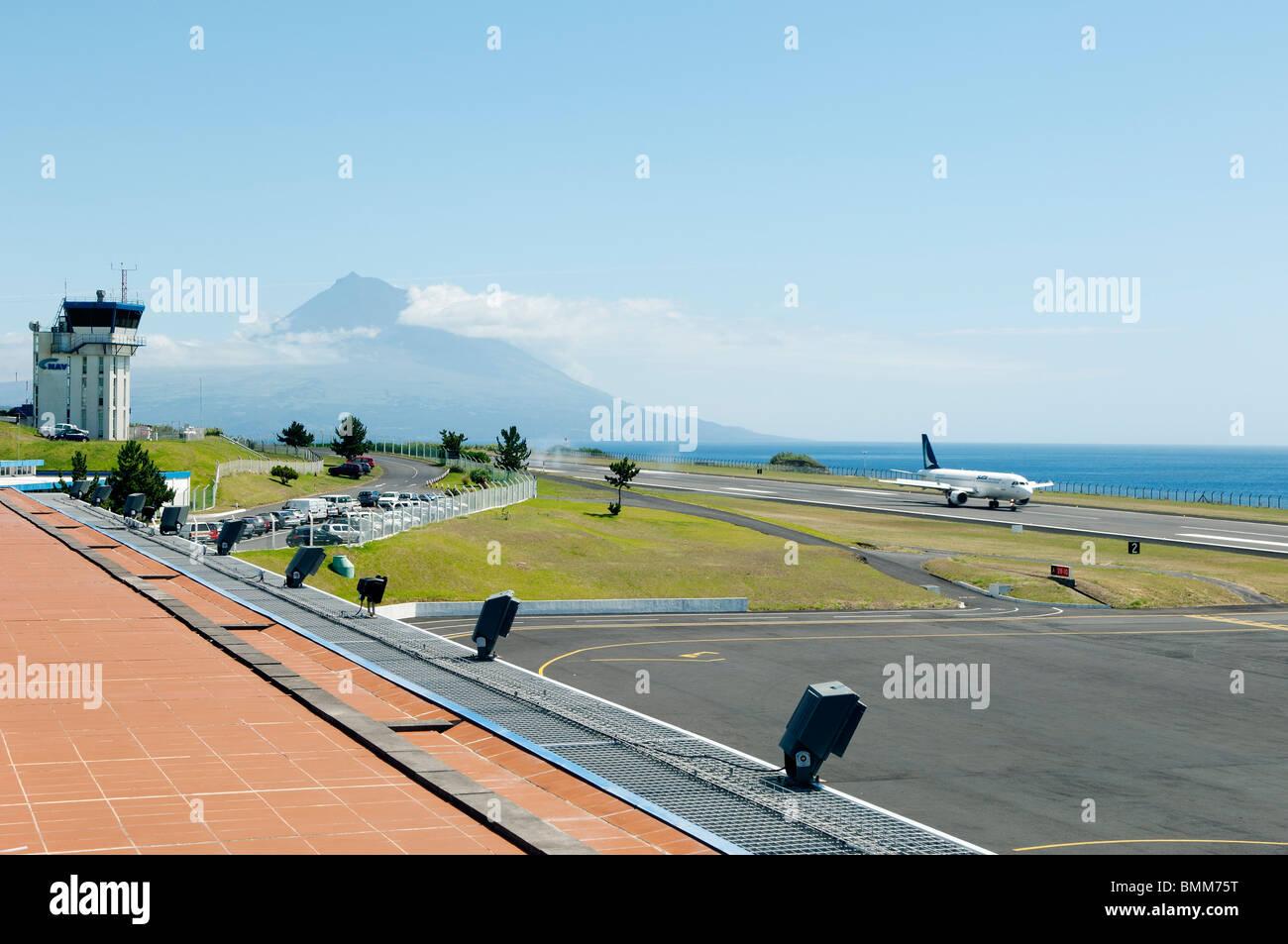 Jetliner of Sata International landing in Faial airport, Azores - Stock Image