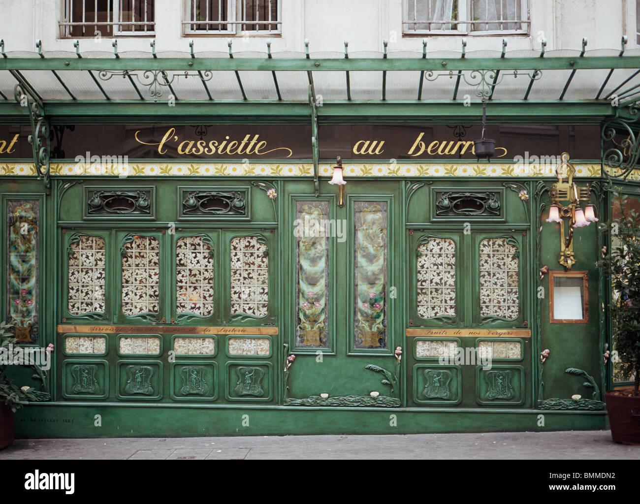 paris art nouveau stock photos paris art nouveau stock images alamy