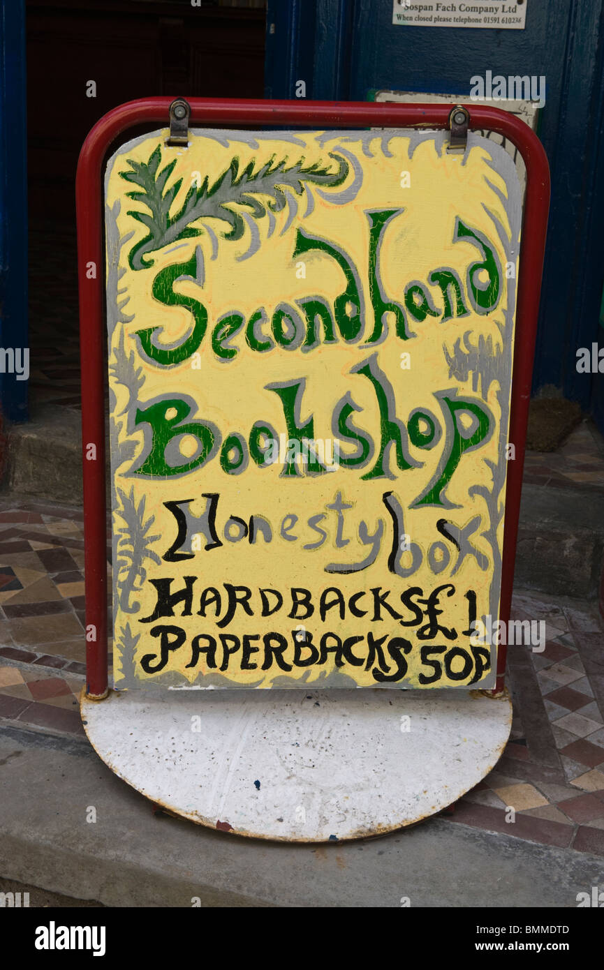 Homemade sign for honesty box secondhand bookshop at Llanwrtyd Wells Powys Mid Wales UK - Stock Image