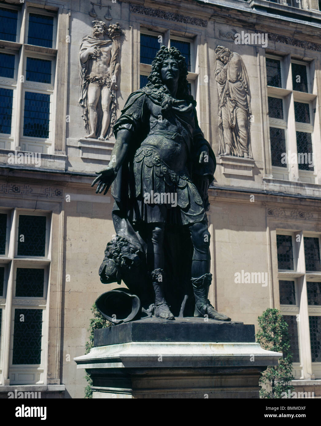 Statue of Louis XIV by Antoine Coysevox 1640-1720, at the Hotel Carnavalet, rebuilt by Francois Mansart in 1655. - Stock Image