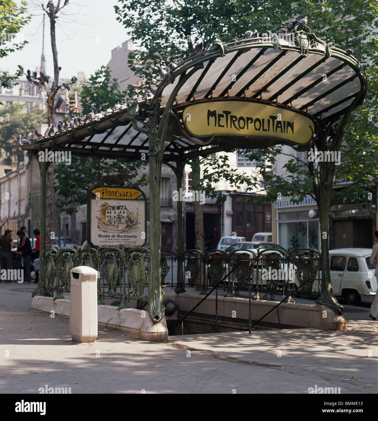Art Nouveau entrance to the Abbesses Metro Station, by Hector Stock ...
