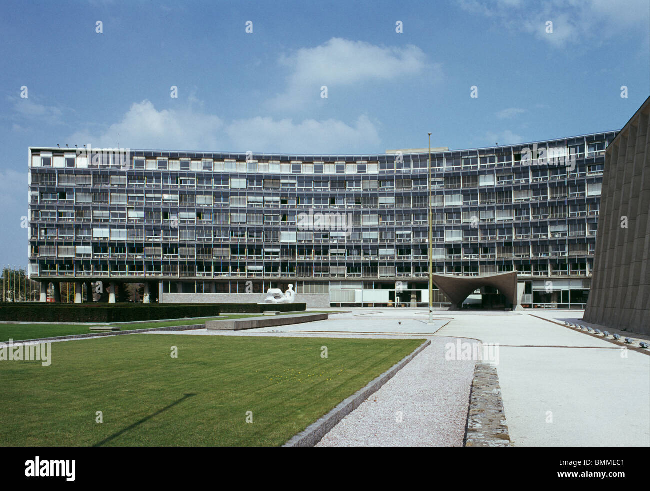Unesco House, Paris, France. Completed 1958. Buildings designed by Breuer, Nervi and Zehrfuss. - Stock Image