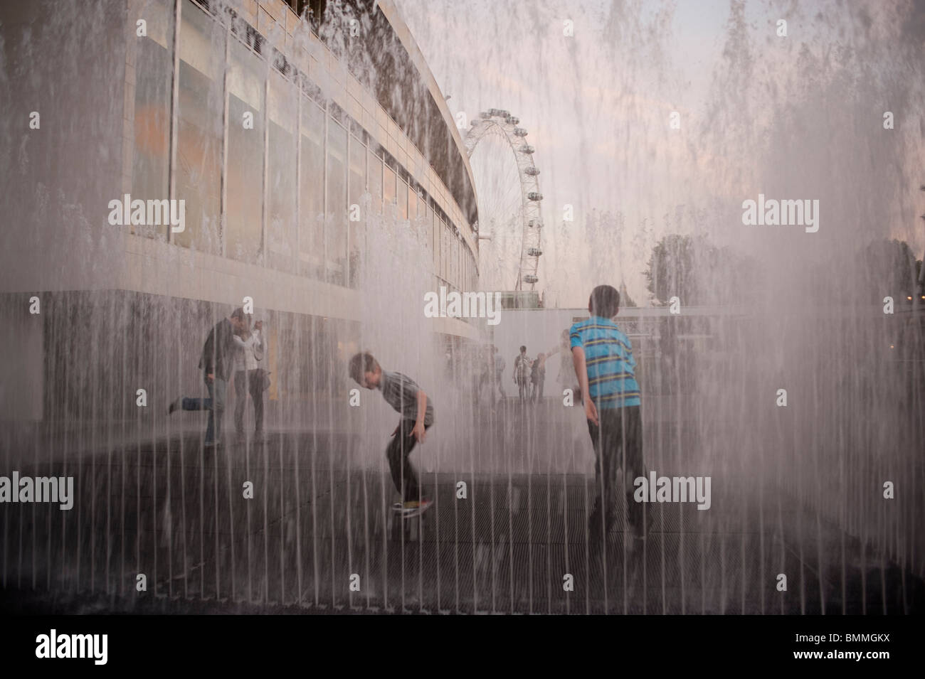London, England, UK, South Bank District, Public Water Fountain, Children Playing - Stock Image