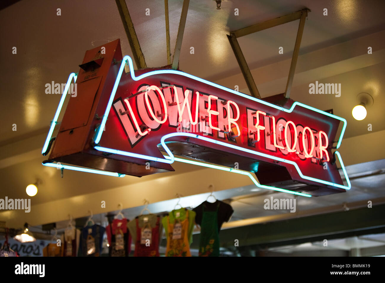 Neon Sign 'Lower Floor' at Pike Place Market - Seattle, Washington - Stock Image