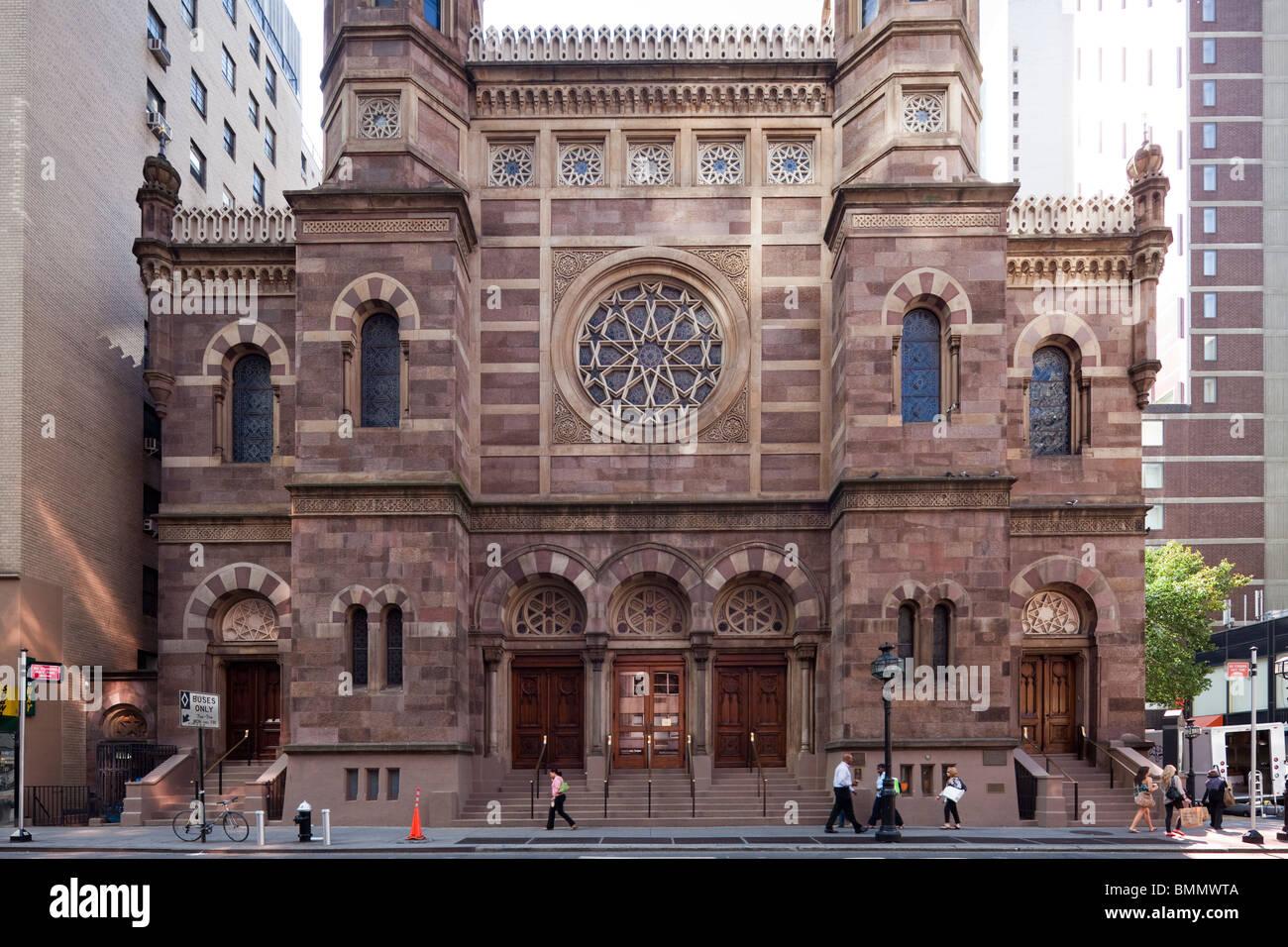 facade of Central Synagogue, Lexington Avenue, Manhattan