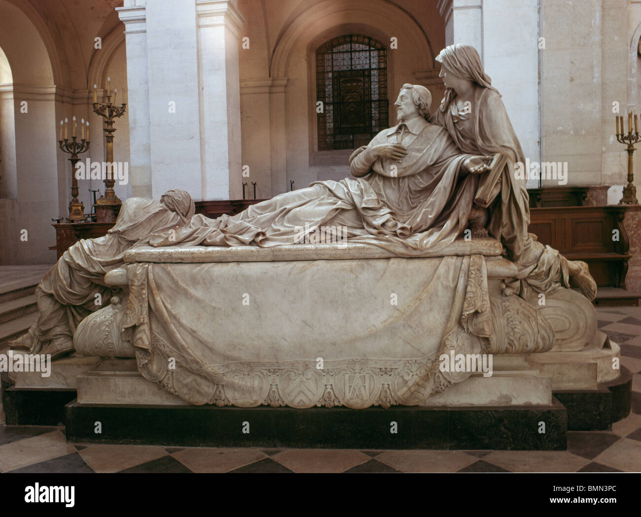 Sorbonne, Paris, France. Tomb of Cardinal Richelieu carved by Girardon in 1694 to drawings by Le Brun. - Stock Image