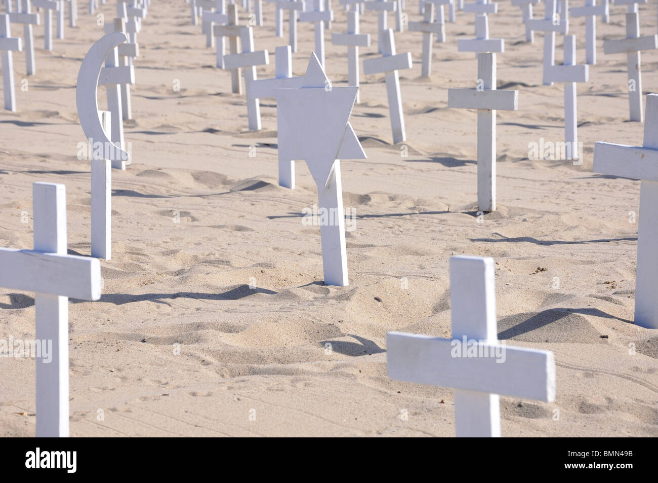 Arlington West - temporary memorial for US soldiers that died in Iraq. It is created on Santa Monica Beach, California - Stock Image