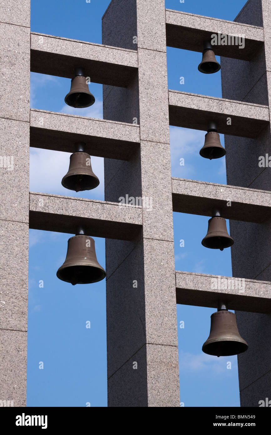 Burleson Bells sculpture outside Bass Concert Hall on University of Texas at Austin campus - Stock Image