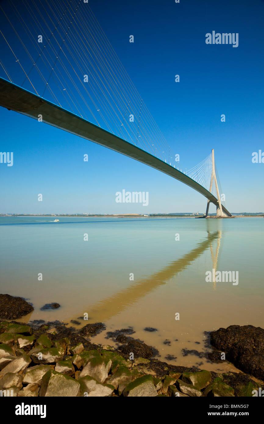 Pont de Normandie, bridge across the river Seine from Le Havre to Honfleur - Stock Image