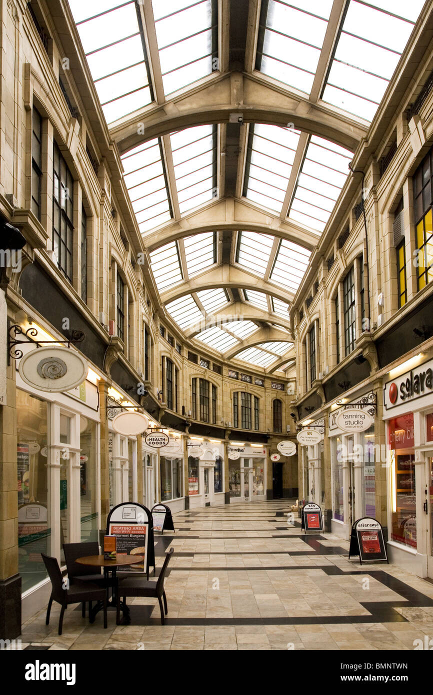 The Royal Arcade shopping centre at Worthing in West Sussex, England. - Stock Image