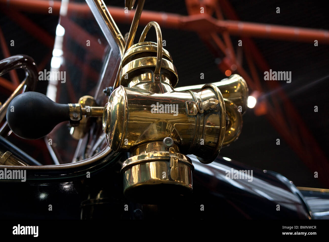 Brass Horn on Vintage Car in Beaulieu Motor Museum, Hampshire, UK - Stock  Image