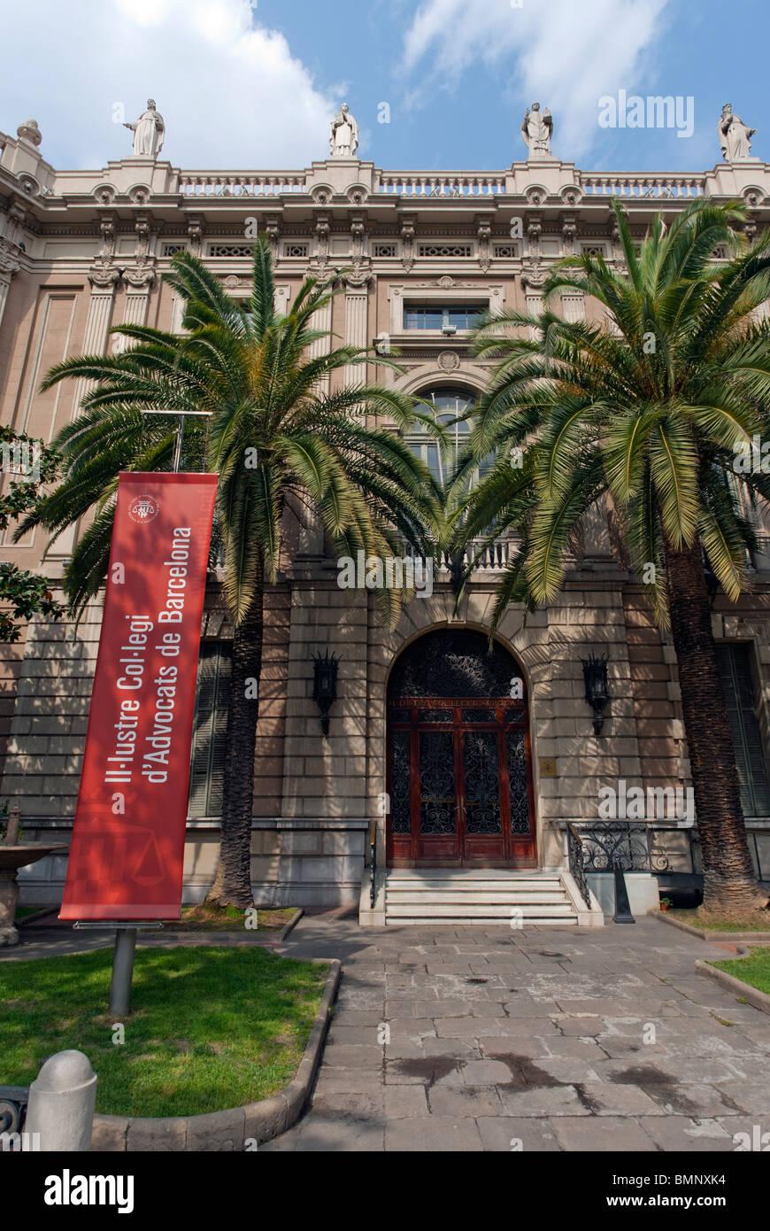 Il Lustre Col Legi D Advocats De Barcelona Barcelona Spain Stock Photo Alamy
