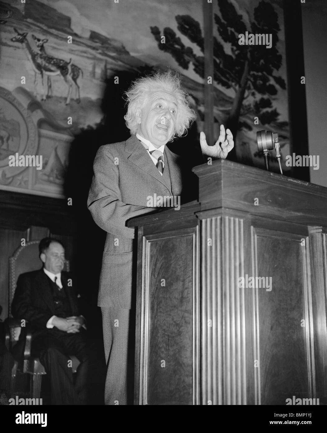 Photo of German theoretical physicist Albert Einstein (1879 - 1955) giving a speech in Washington DC in May 1940. - Stock Image