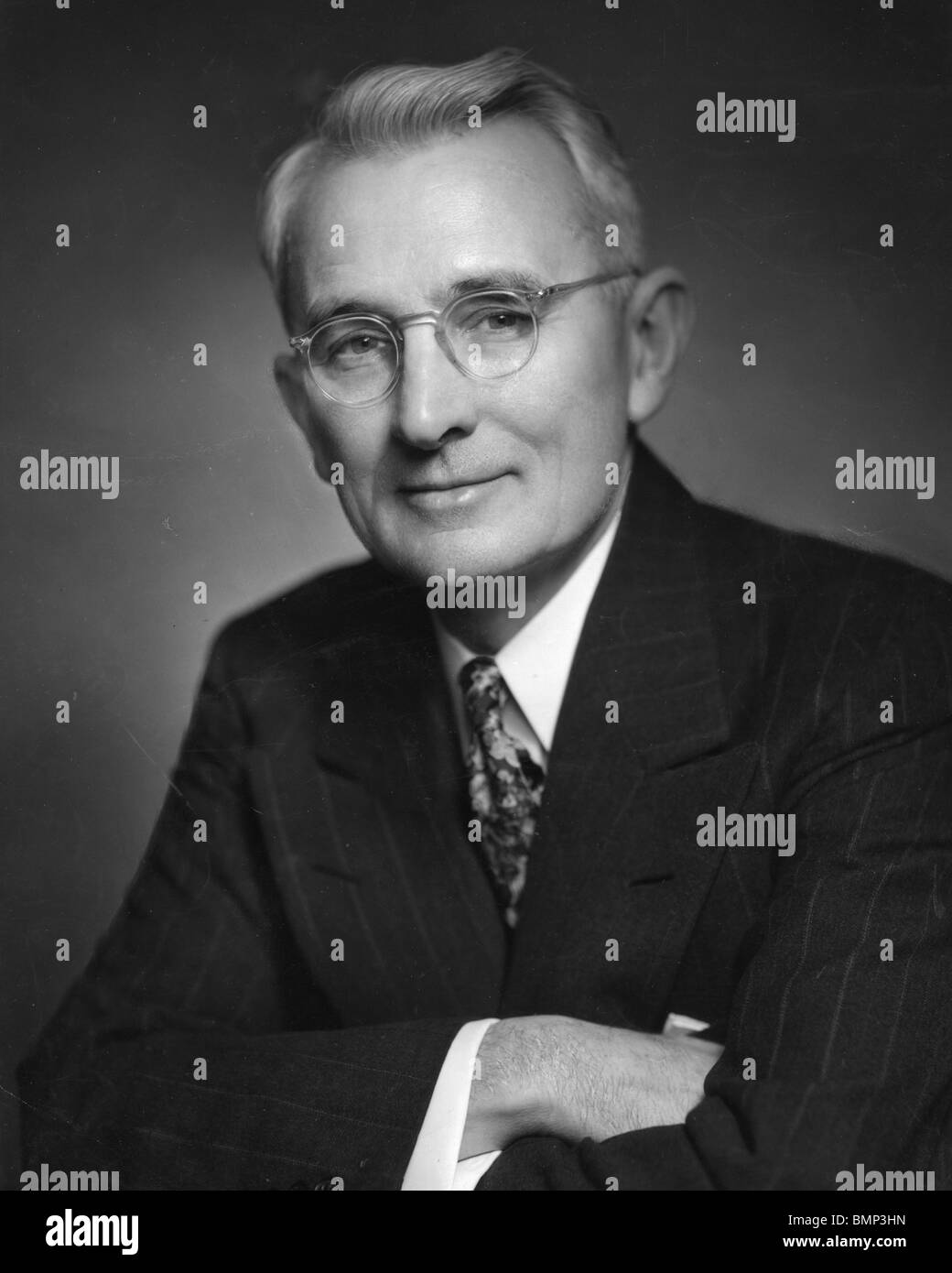 DALE CARNEGIE - American writer and lecturer (1888-1955) author of How To Win Friends and Influence People - Stock Image