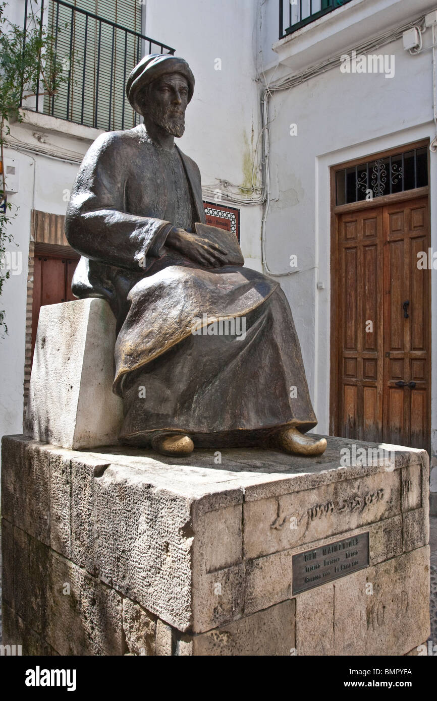 Monument in Cordoba ,Spain dedicated to Moses Ben Maimonides, philosopher, theoligist and musician - Stock Image