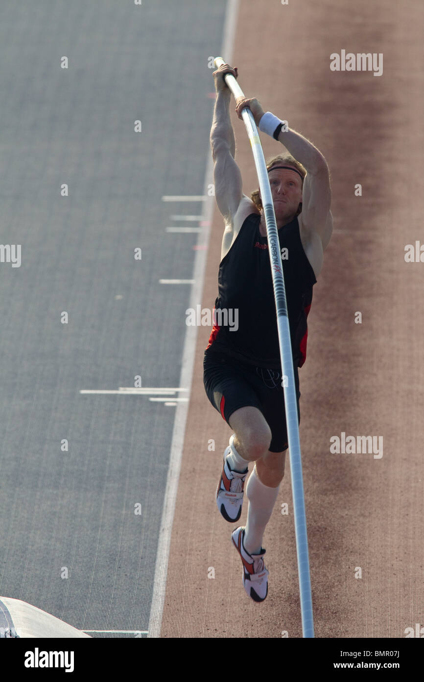Steven Hooker (AUS) competing in the Men's pole vault at the New York Grand Prix, IAAF Diamond League - Stock Image