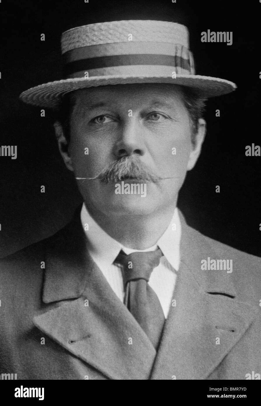 Portrait photo c1900 of Scottish author Sir Arthur Conan Doyle (1859 - 1930) - creator of fictional detective Sherlock - Stock Image