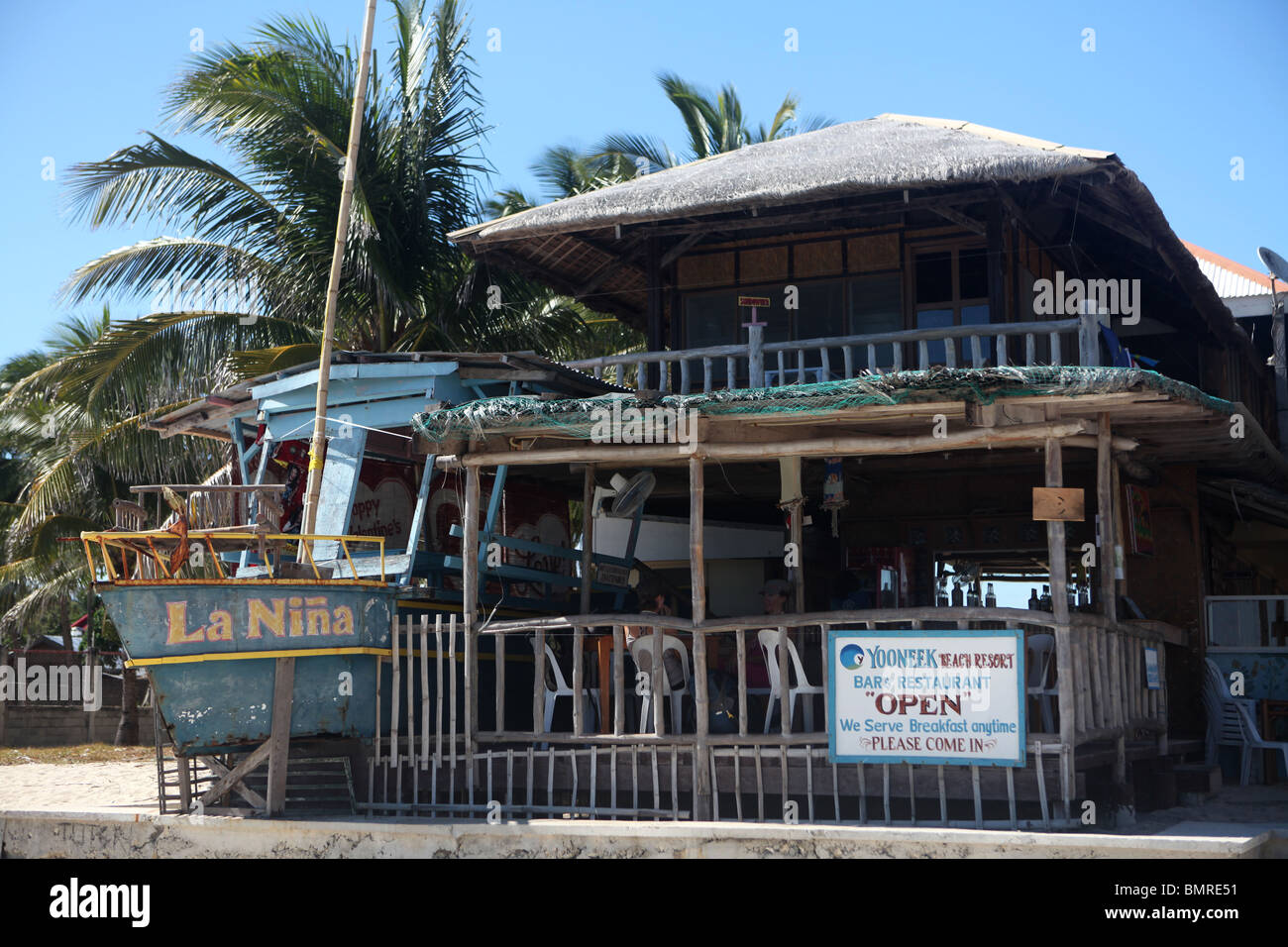 View of the Bar and Restaurant of the Yooneek Beach Resort in Sante Fe, Cebu Province in the Philippines. - Stock Image