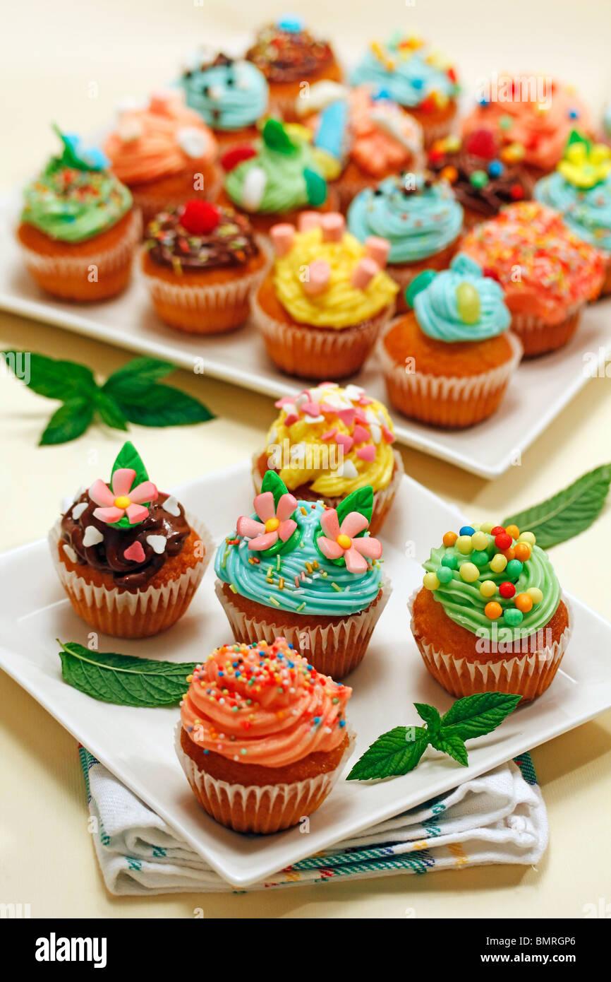 Assorted cupcakes Step by step: PGGJR6-PGGJRD-PGGJRW-PGGJTD - Stock Image