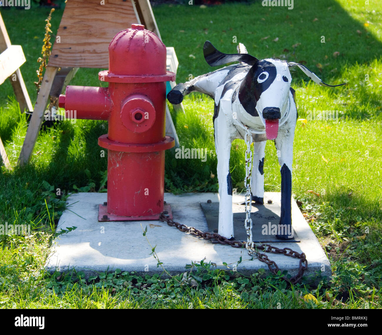 Ken Nybergs Dog Peeing On Fire Hydrant Sculpture In Vining Minnesota Stock Photo Alamy
