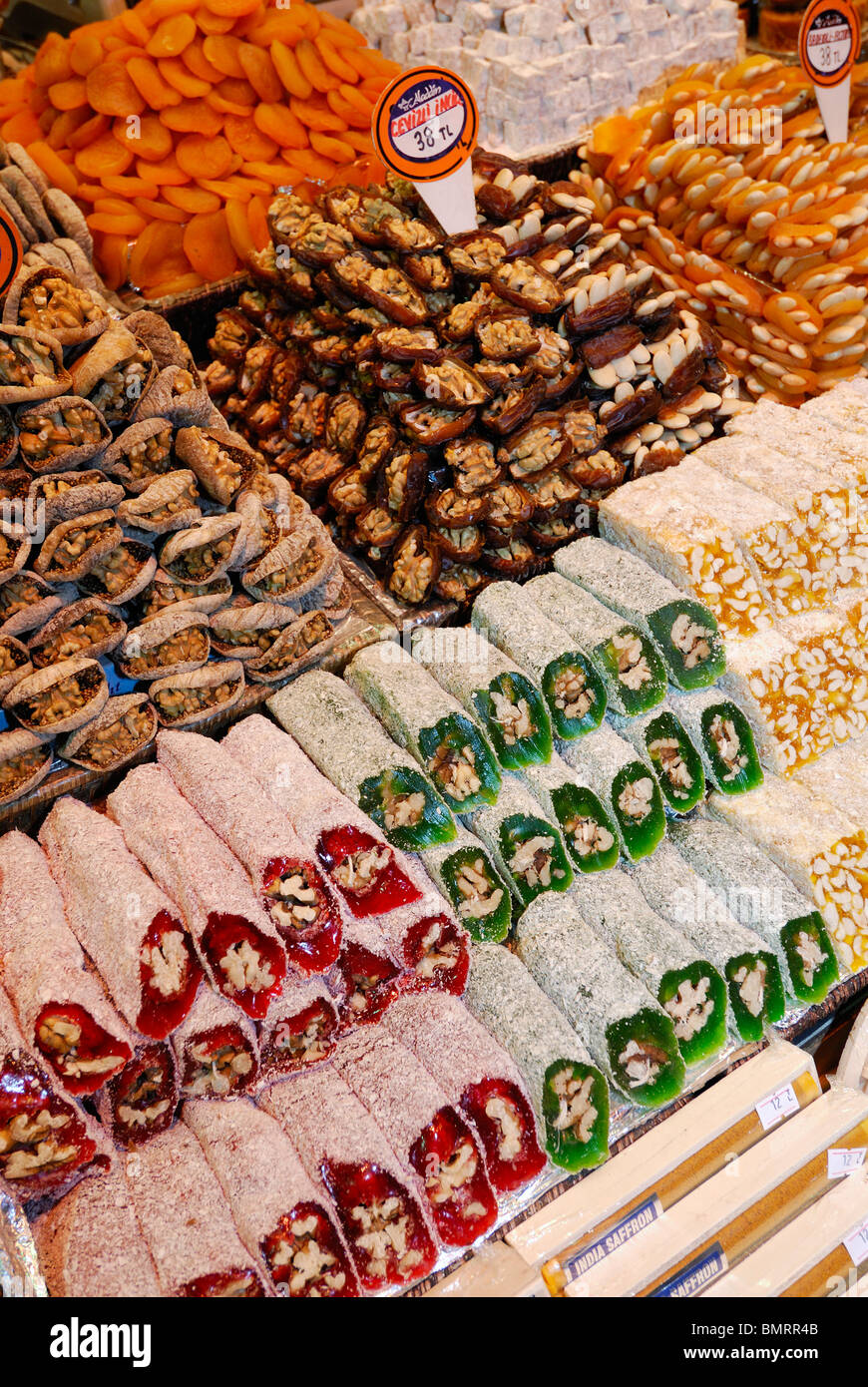 Istanbul. Turkey. Sweets & Turkish Delight (Lokum) at the Spice Bazaar aka Egyptian Bazaar. - Stock Image
