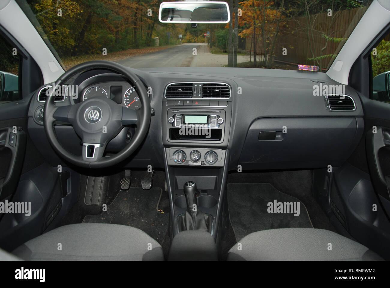Volkswagen Polo 1 6 Tdi My 2009 Silver Five Doors 5d