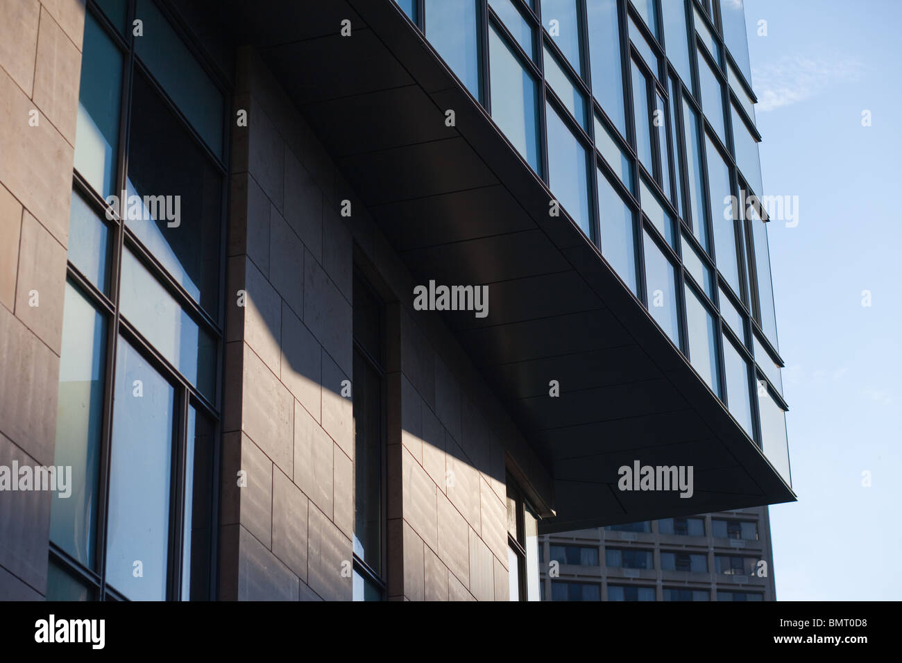 MIT's Building E62, the newest addition to the Sloan School of Management - Stock Image