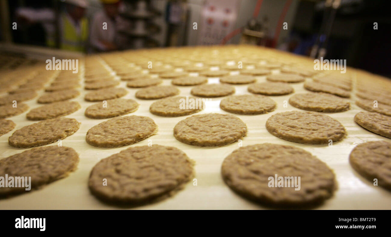 Tour of McVities factory in Harlesden.  london uk - Stock Image